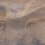 Tempête de poussière au-dessus de l'hémisphère nord de Mars