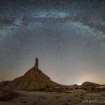 La Voie lactée sur le désert de Bardenas Reales