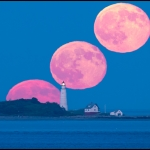 Pleine Lune sur le Boston Light