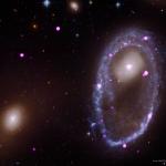 Une collision cosmique forge un anneau galactique