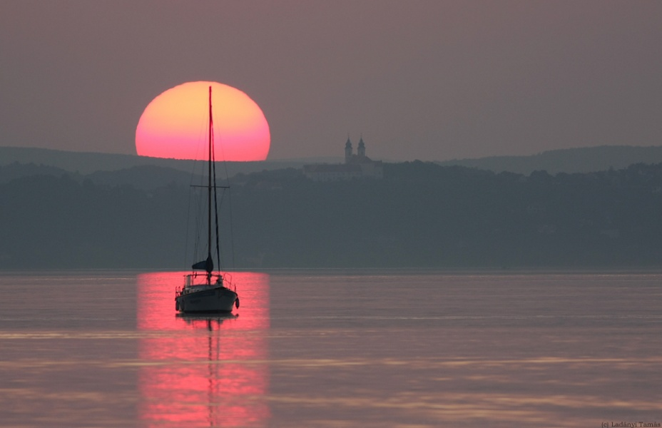 Coucher de soleil d quinoxe l 39 image d 39 astronomie du - A quelle heure se couche le soleil ce soir ...
