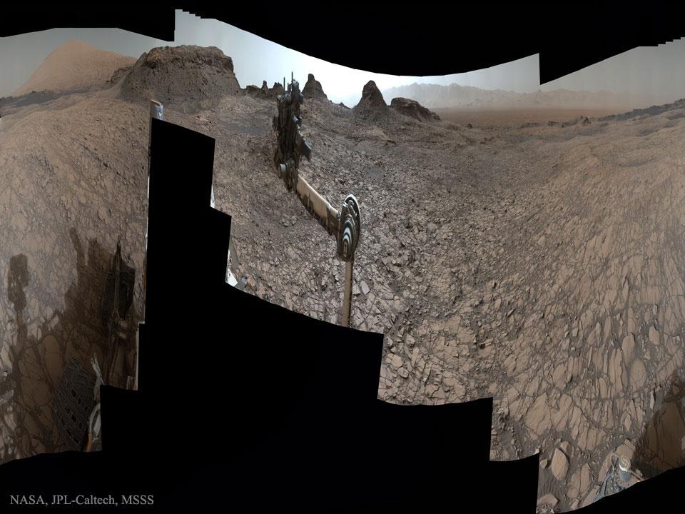 Curiosity aux Buttes de Murray sur Mars
