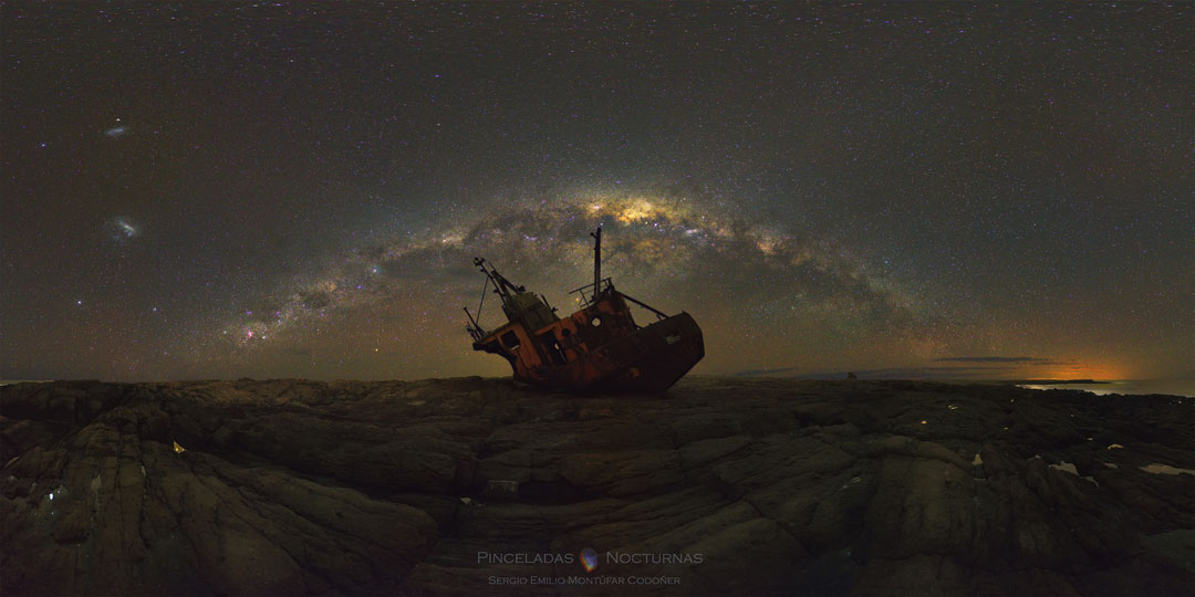 La Voie Lactée au-dessus d'une épave