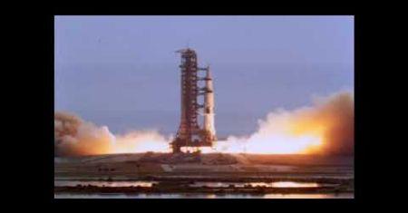 Apollo 11 emmène des Humains sur la Lune