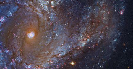 Gros plan sur Messier 61