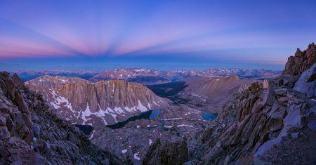 Les montagnes à l'heure bleue