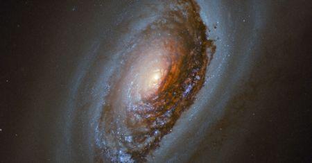 M64, la galaxie de l'oeil démoniaque