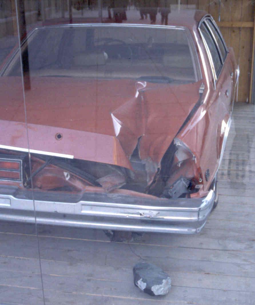 La voiture, le trou et la météorite de Peekskill