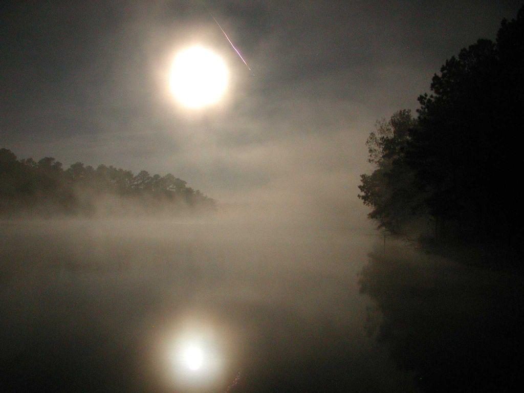 Pleine Lune, Lac et Léonides