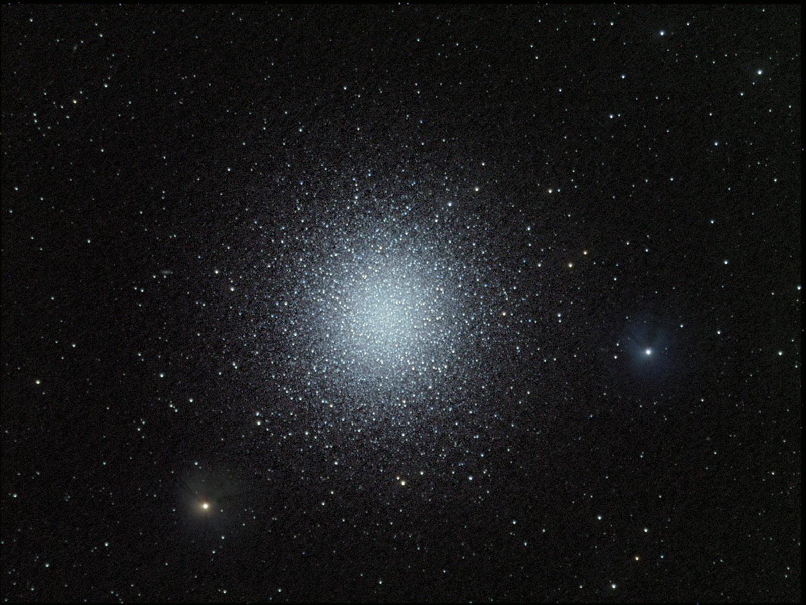 M13: Le grand amas globulaire d\'Hercule