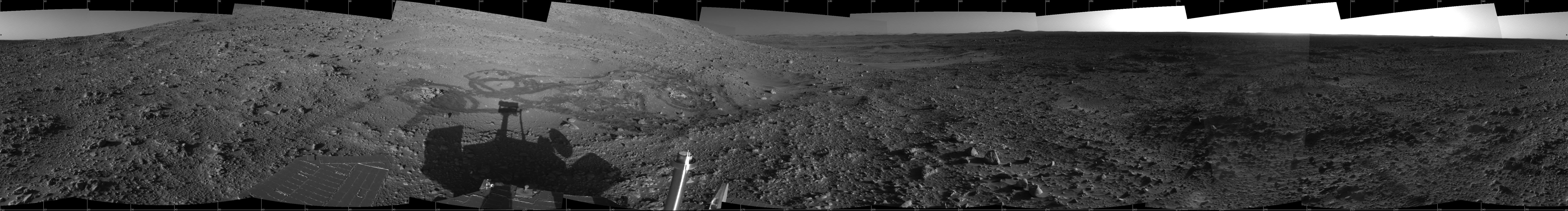 Le rover Spirit à Engineering Flats sur Mars