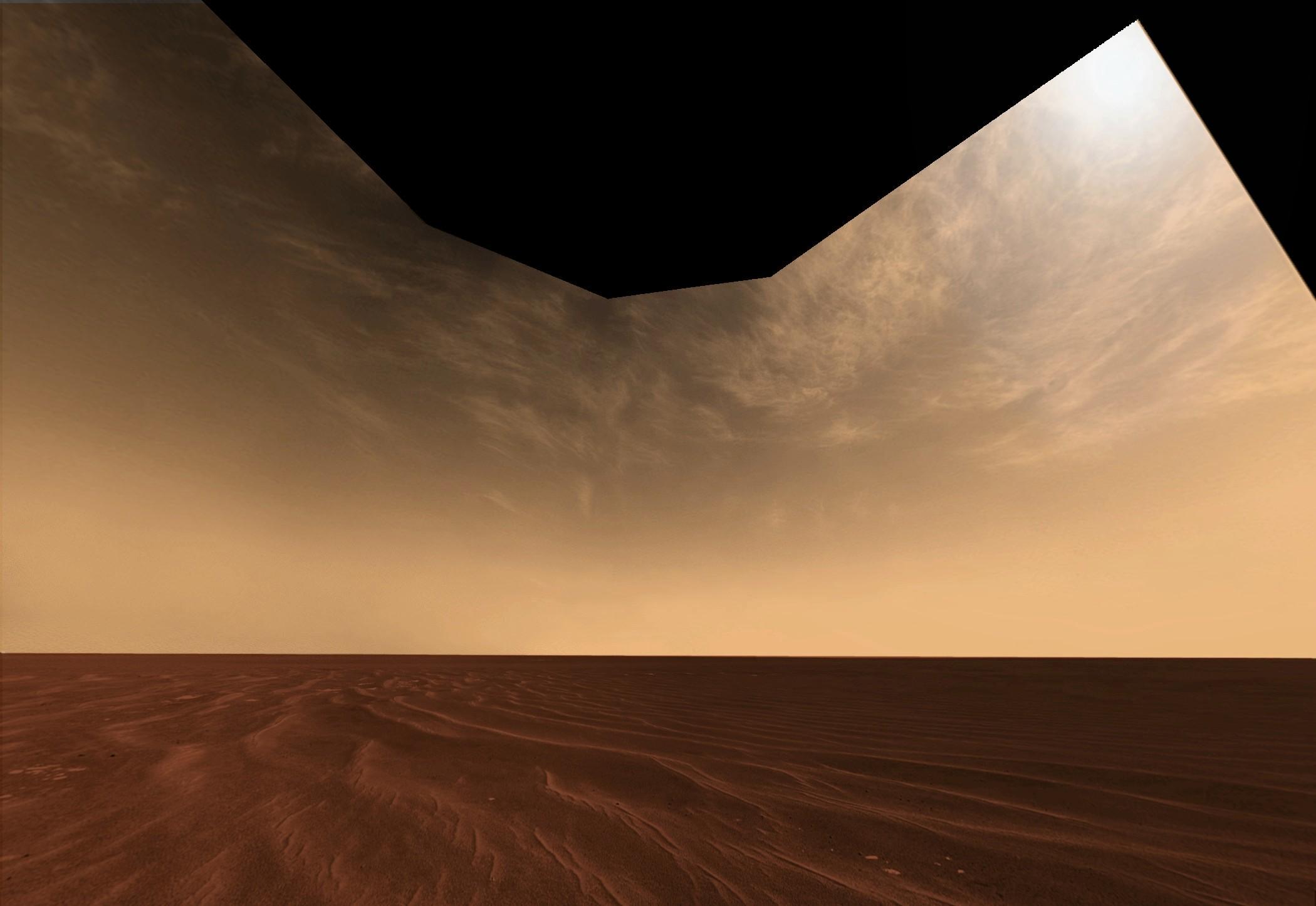 Sable et nuages à l'horizon sur Mars