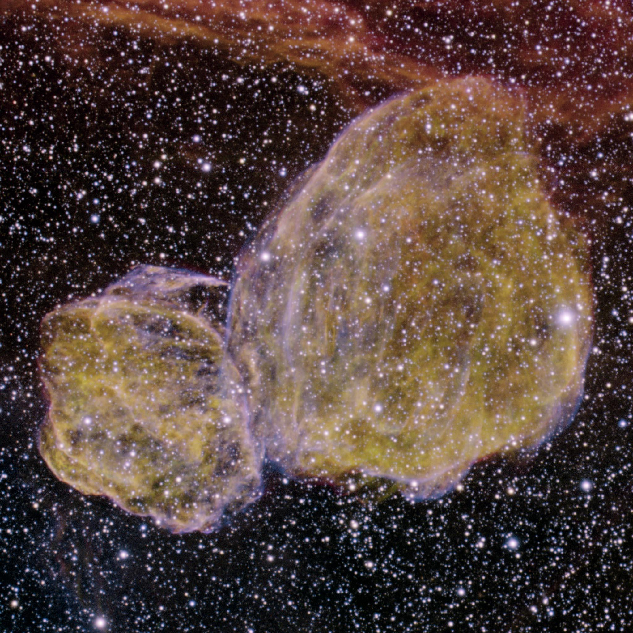 DEM L316 : Deux restes d\'explosion de supernova
