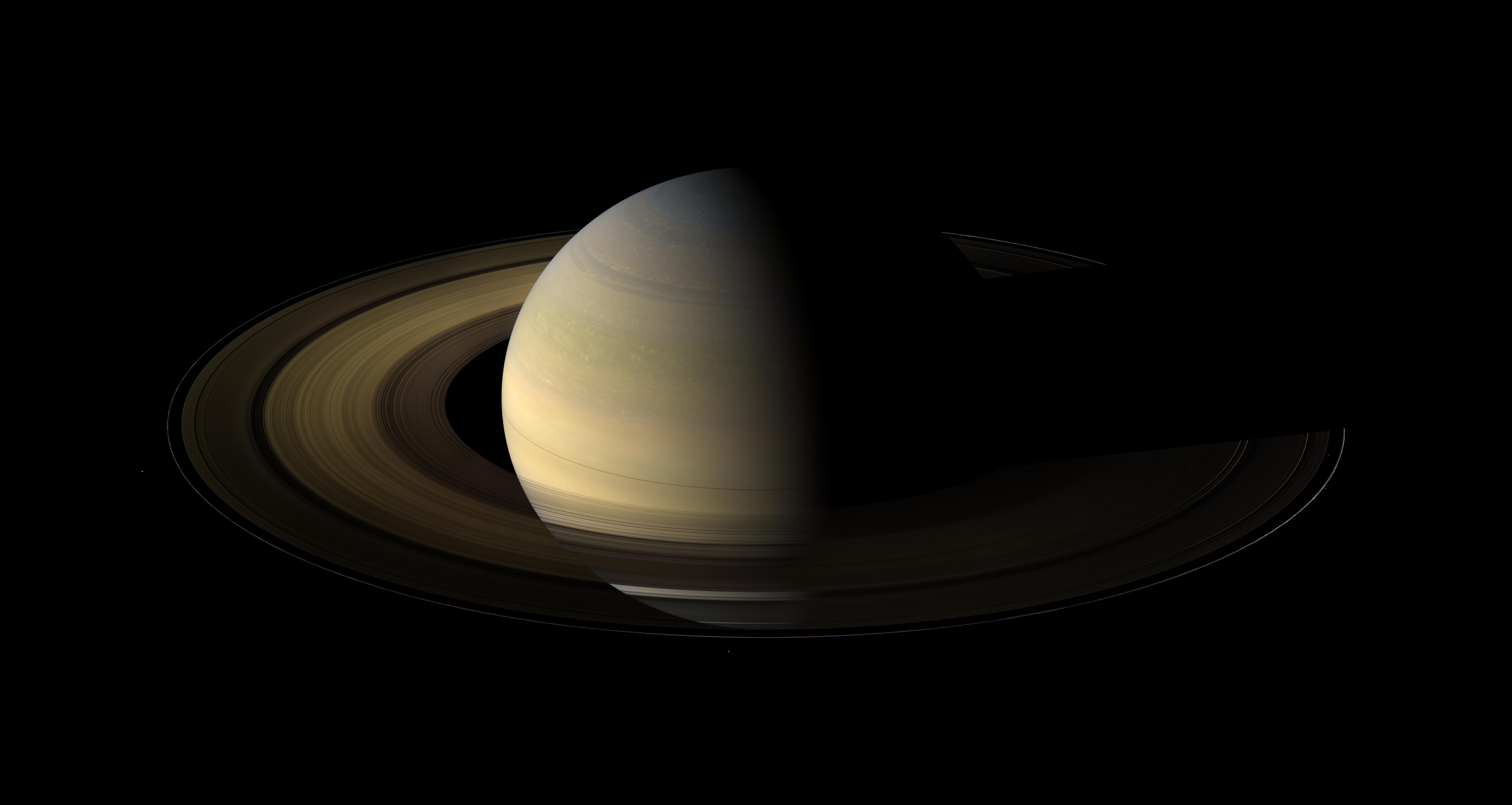 Saturne à l\'équinoxe