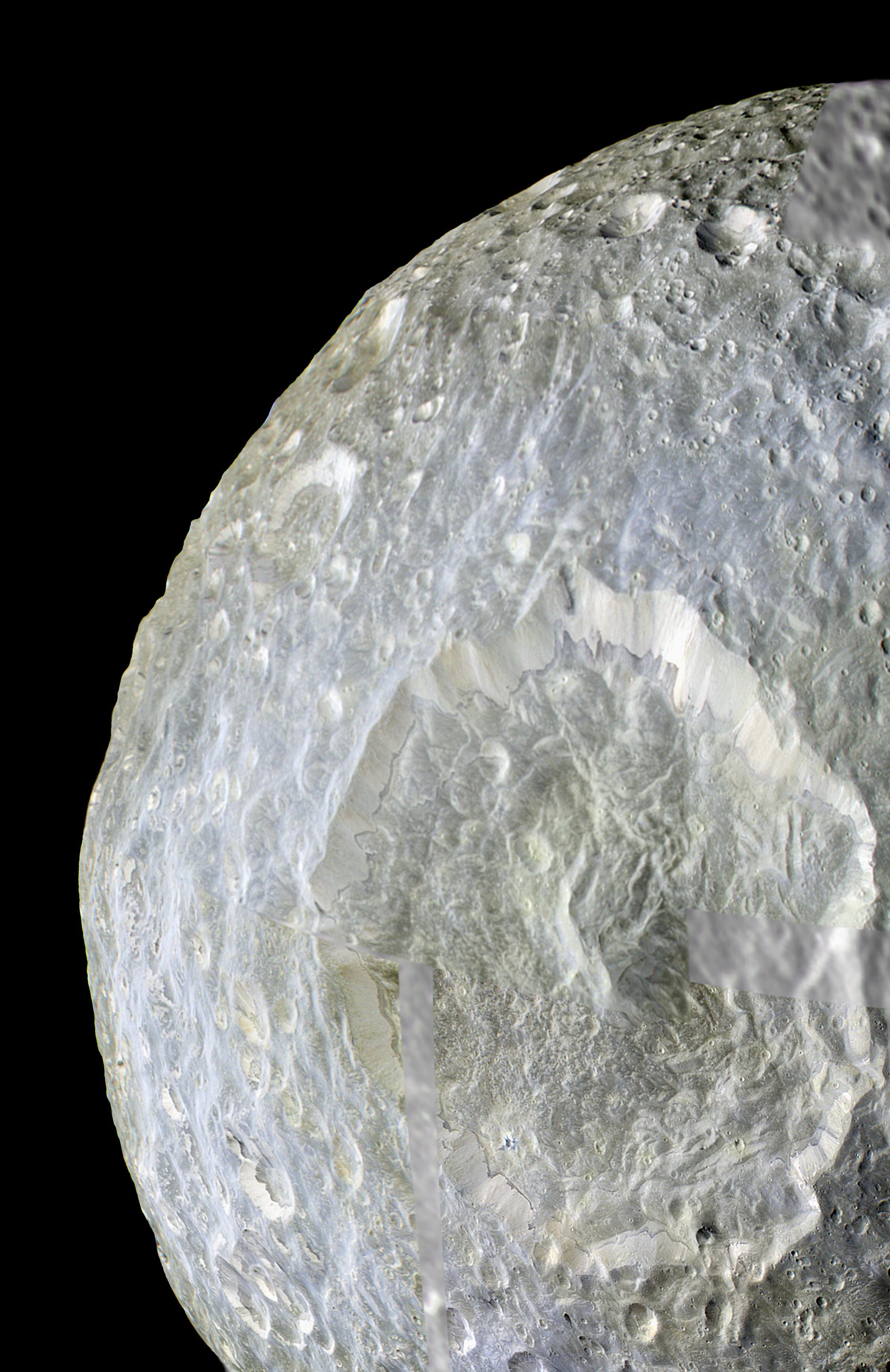 Le cratère Herschel sur Mimas