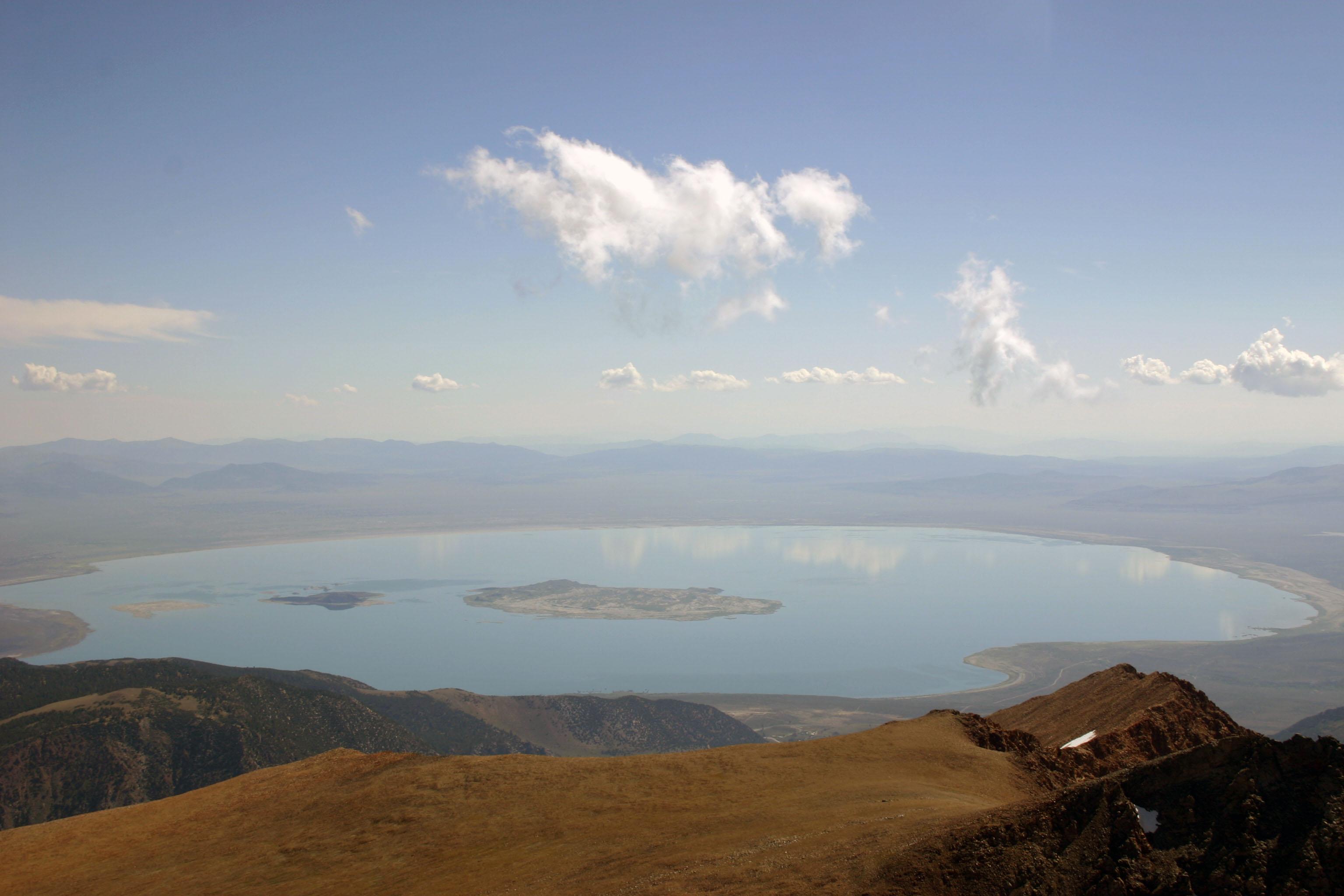 Le lac Mono, foyer d'un étrange micro-organisme