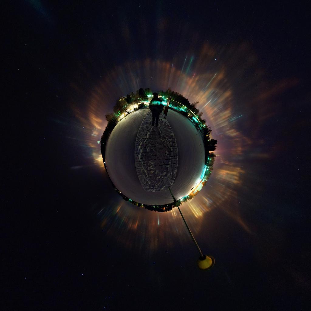 Piliers de lumière d\'une petite planète