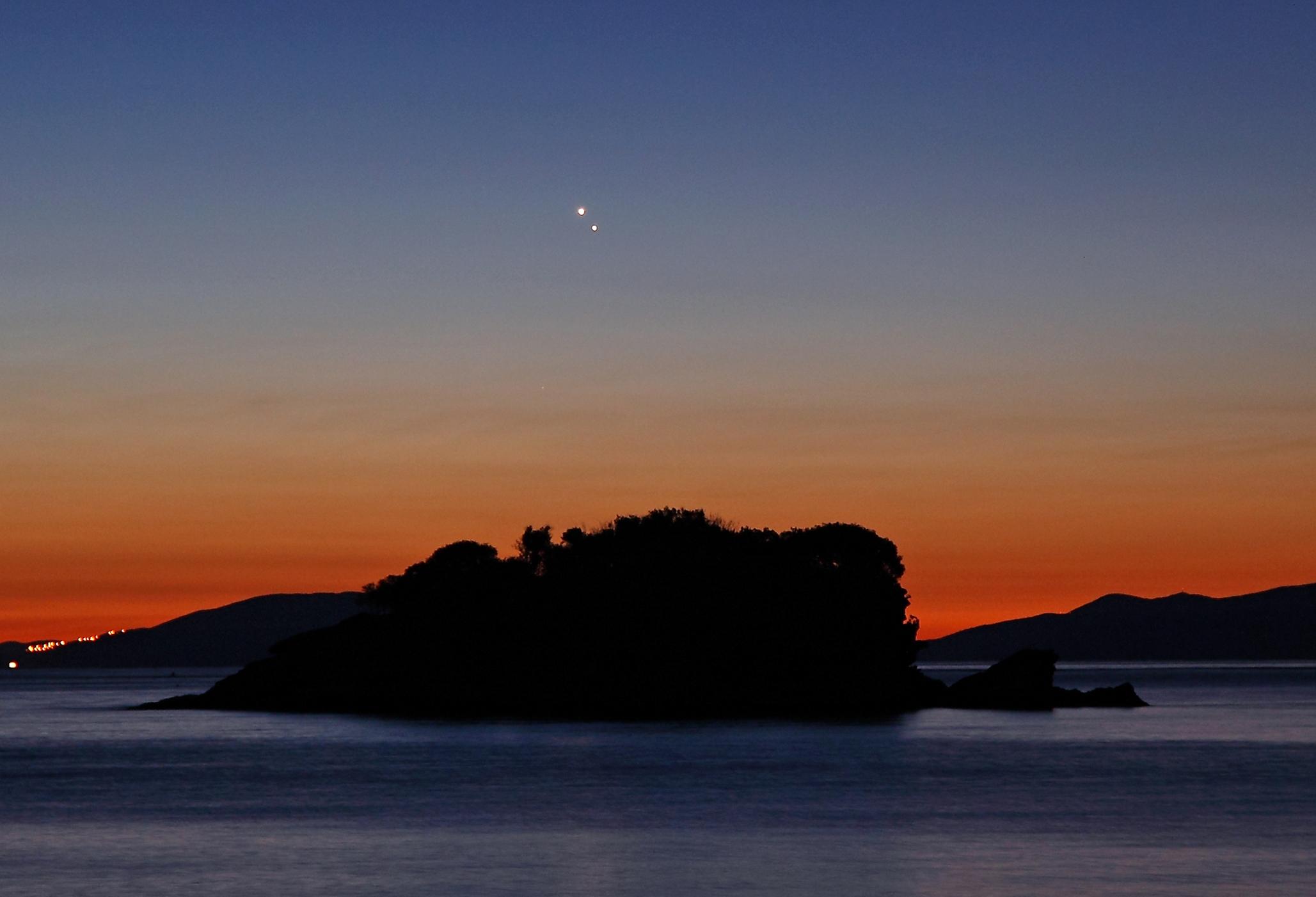 Vénus et Jupiter à l\'aube