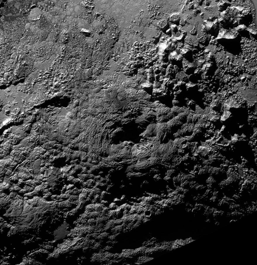 Wright Mons sur Pluton