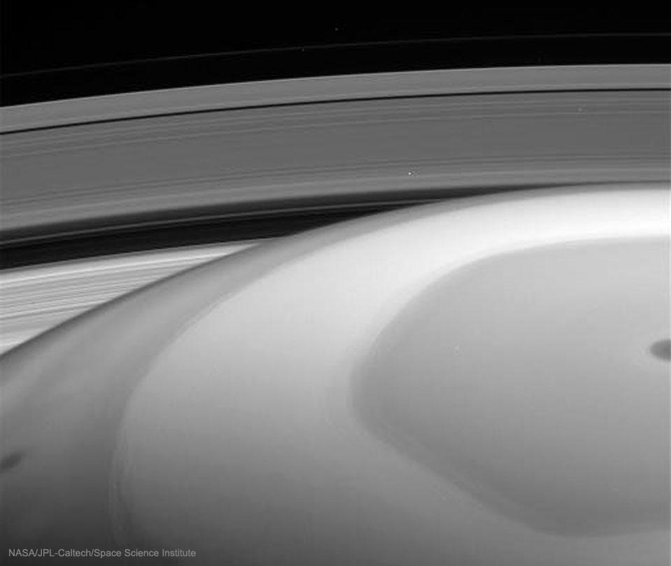 Le regard de Cassini sur Saturne