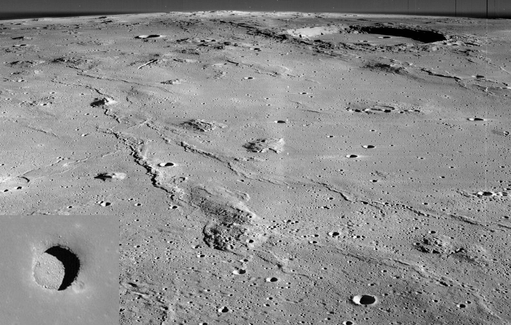 Les monts Marius et un trou dans la Lune