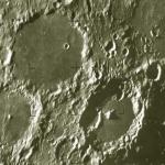 Hubble résout la date d'expiration du fromage vert de la Lune