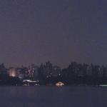 Lumières brillantes, ville sombre