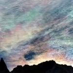 Nuages iridescents sur l'Aiguille de la Tsa