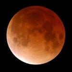 La Lune aux reflets de Soleil couchant
