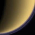 La double couche de brume au-dessus de Titan