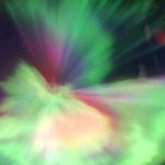 Une aurore coronale colorée plein le ciel