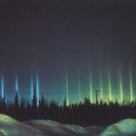 Piliers de lumière colorés