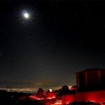 La Lune au-dessus de Haleakala