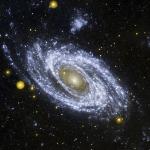 La brillante galaxie spirale M81 en ultraviolet