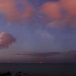 Constellations dans un ciel nuageux