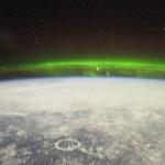 Aurore polaire vue depuis l'espace