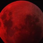 Intense éclipse lunaire