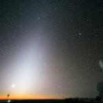 L'aube trompeuse de la lumière zodiacale