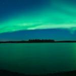 Aurore Boréale sur un lac d'Alaska