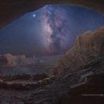 Une image vraie vue du fond d'une caverne mythique
