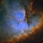 Un portrait en couleur de NGC 281