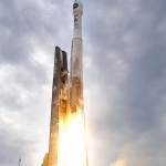 Une Atlas 5 s'élance vers la Lune