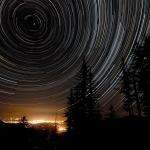 Filé d'étoiles au-dessus de l'Oregon