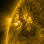 Filament sombre sur le Soleil