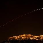 Eclipse sur Athènes et l'Acropole