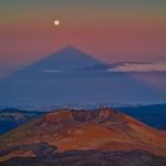L'ombre triangulaire du pic du Teide