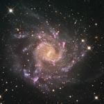 La grande galaxie spirale NGC 7424