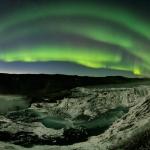 Aurores et comète en Islande