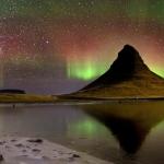 Nuit des étoiles filantes sur l'Islande