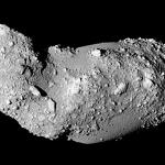 Que sont les cratères d'Itokawa devenus ?